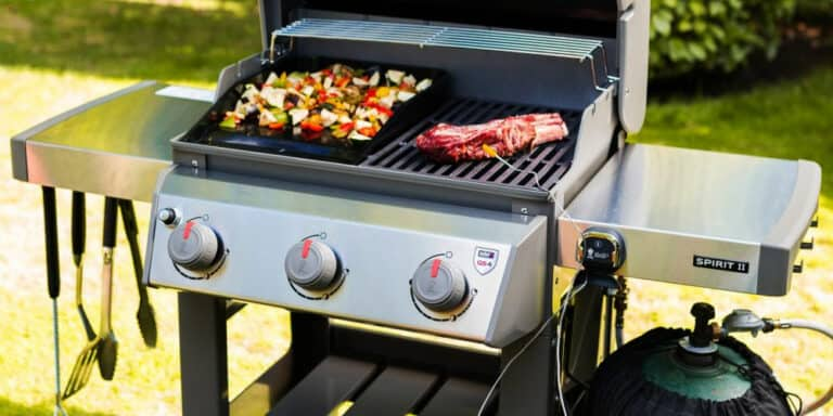 The Best 3 Burner Gas Grills to Buy in 2021